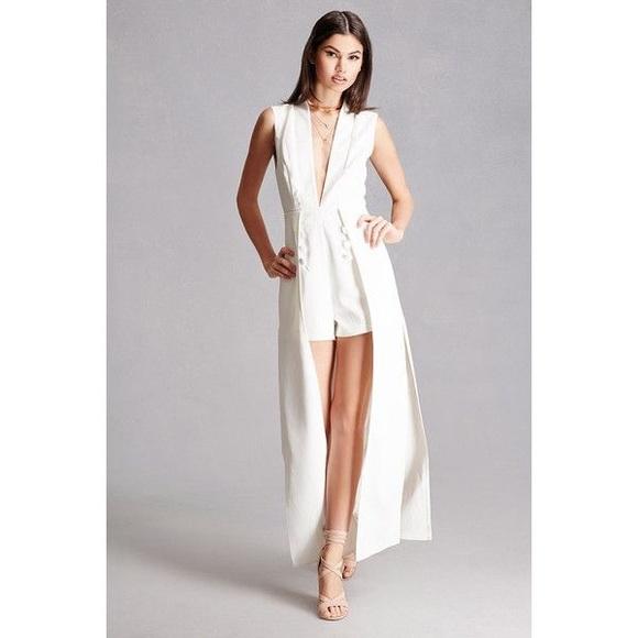 e2763c2286c6 Forever 21 Dresses   Skirts - Selfie Leslie Forever 21 white romper maxi  skirt